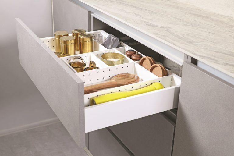 Nowe porządki w szufladach Slim Box